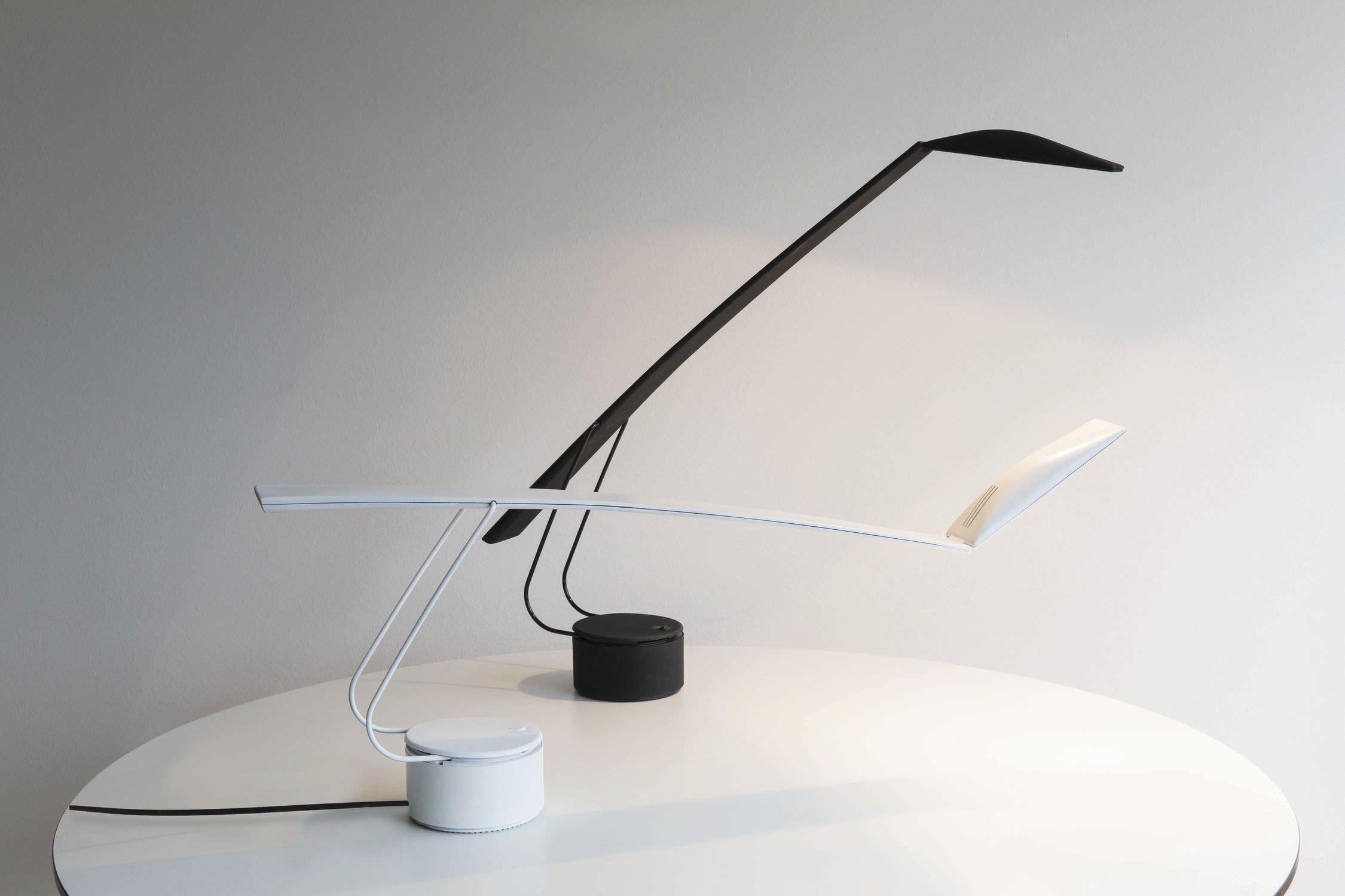 Consigli per scegliere le lampade da tavolo for Lampade da tavolo per ufficio