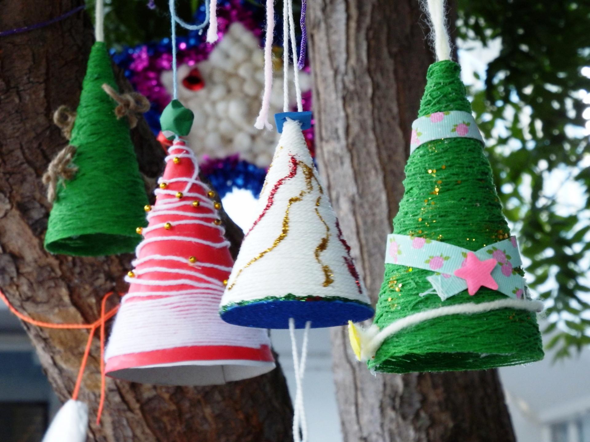 Idee Creative Per Natale alberi di natale fai da te: tante idee creative