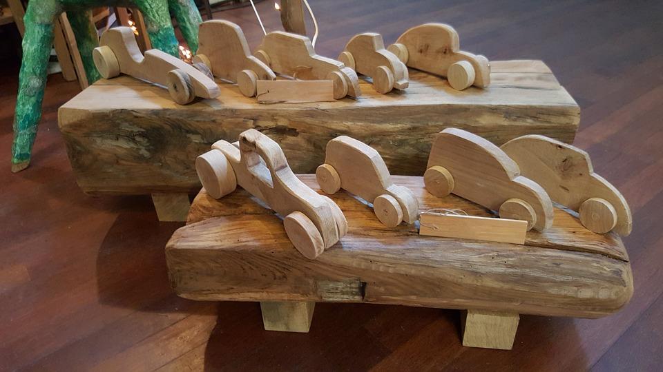 Fai da te legno tutti gli attrezzi del mestiere - Mobili in legno fai da te ...
