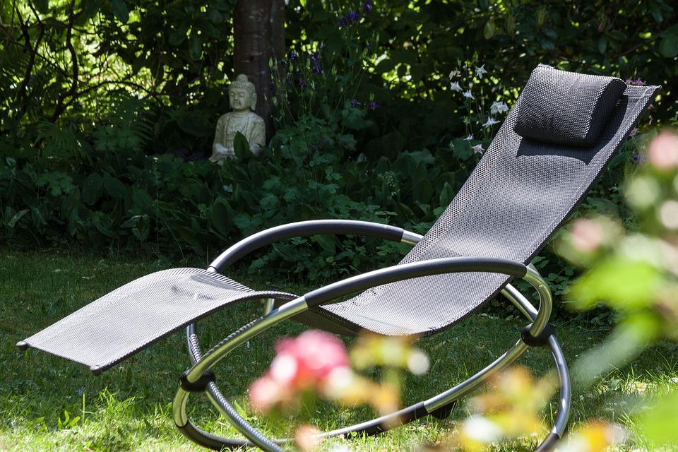Sdraio da giardino guida alla scelta del modello perfetto - Cuscini per sdraio da giardino ...