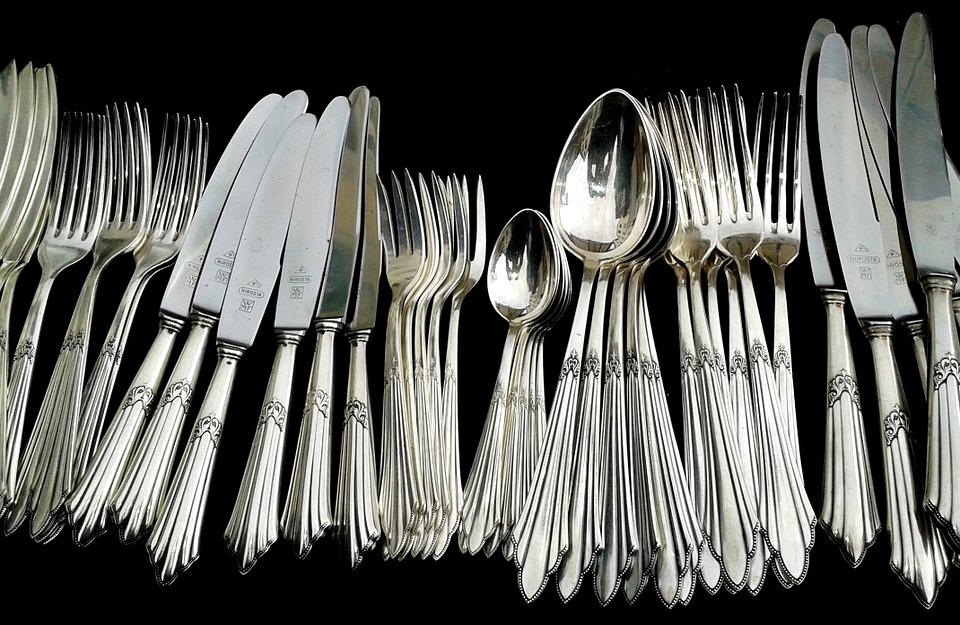 Non sapete come pulire l argento? Ecco un rimedio della nonna infallibile!