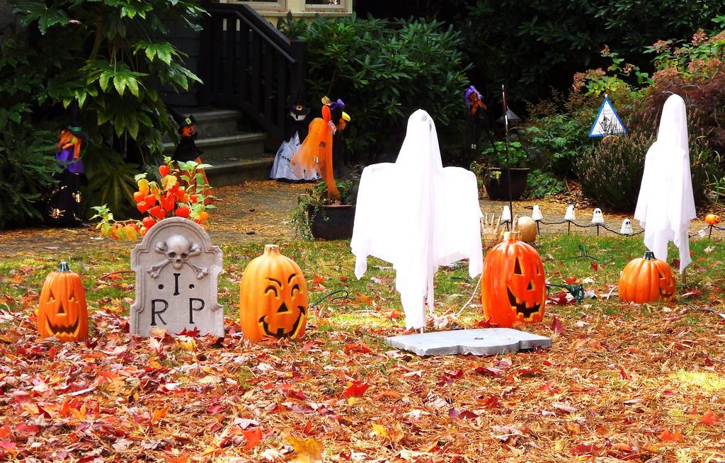 Decorazioni halloween idee semplici e simpatiche per for Decorazioni halloween casa