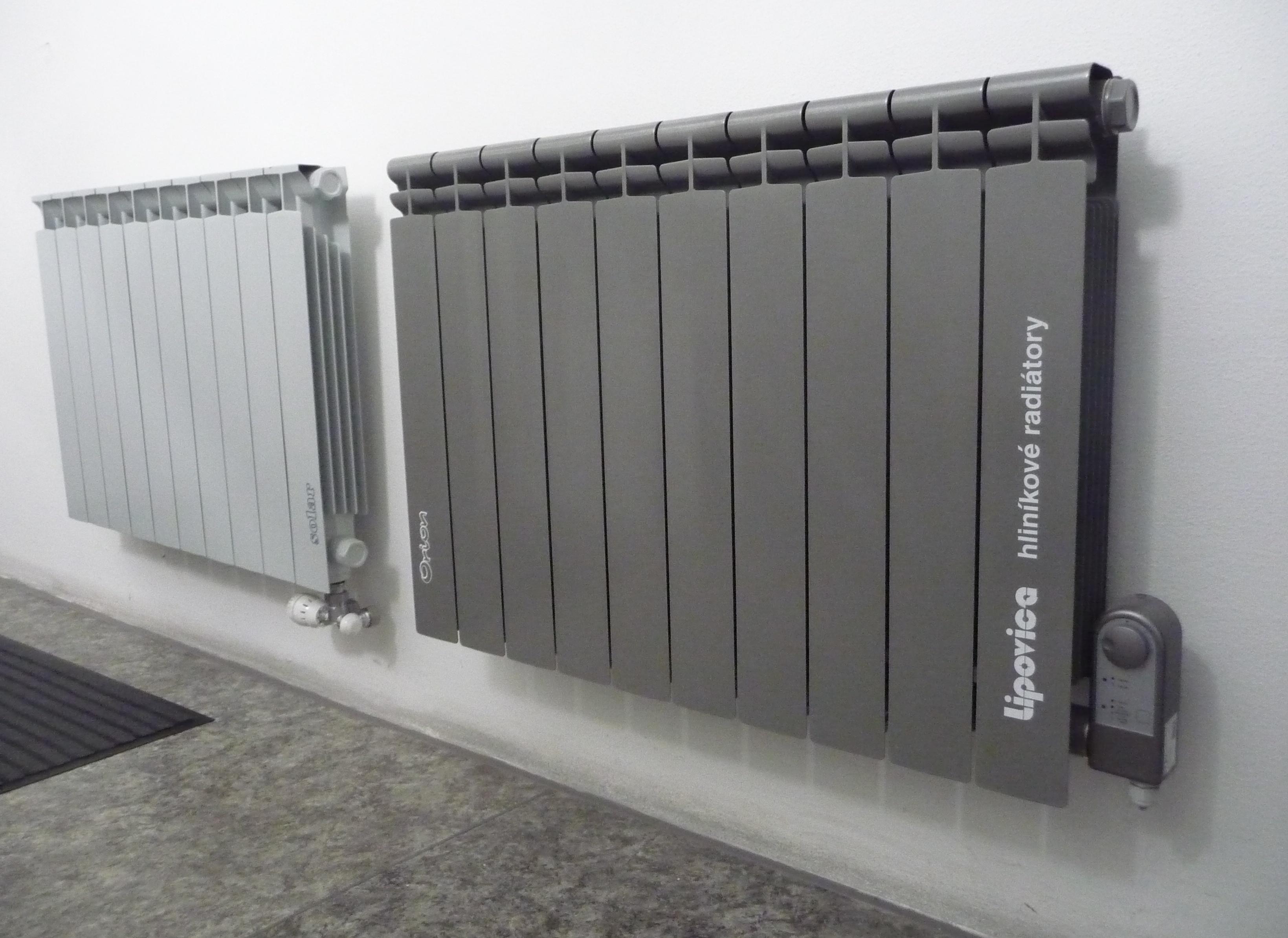 Radiatori In Alluminio O Acciaio termosifoni: come sceglierli in base a materiale e modello