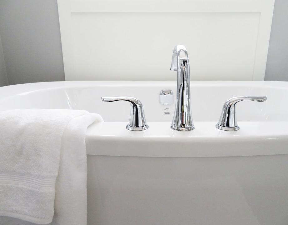 Vasca Da Bagno Freestanding Rettangolare : Vasca da bagno: meglio angolare o rettangolare? guida alla scelta