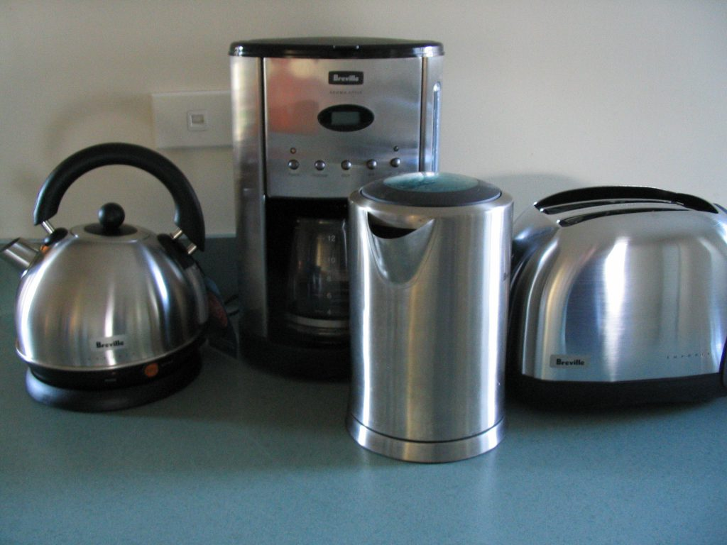 Piccoli elettrodomestici 3 idee regalo utili per la casa for Idee regalo utili
