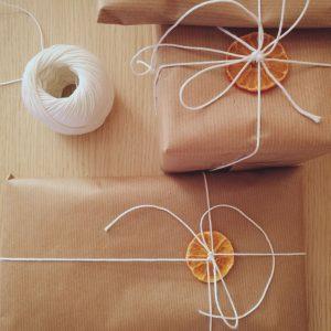 Pacchetti-regalo-semplici
