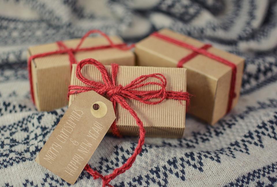 Pacchetti Regalo fai da te: tante idee per personalizzare i tuoi doni